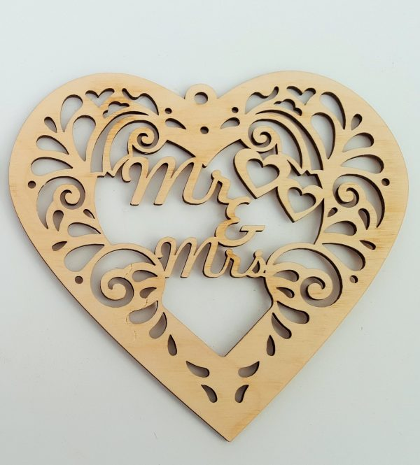 Decorative Heart - Mr and Mrs